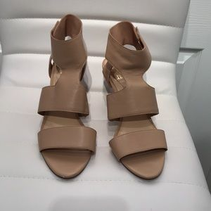 Vince Camuto Tan Leather | Ekland heel sandals. 9.